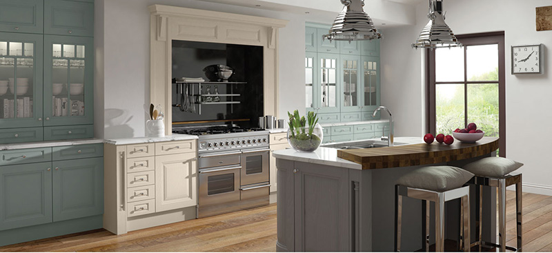 Elegant classic kitchen design, Long Eaton Nottingham. Timber flooring, free standing oven.