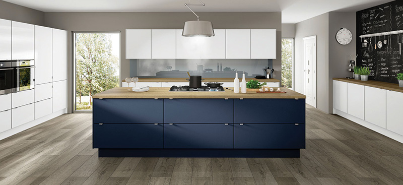 Modern, contemporary kitchen Long Eaton, Nottingham. Scandinavian design, plywood edging. timber kitchen worktop.