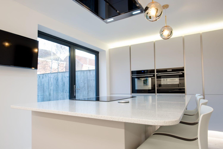 Designer kitchen Long Eaton handles doors - 3